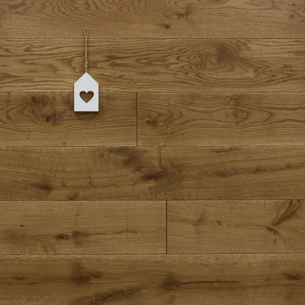 Eiche Massivholzdiele, mit Osmo Hartwachsöl 5209 braun geölt, Systemlängen, Kanten gefast, Nut / Feder Verbindung, Sonderanfertigung nach Kundenwunsch
