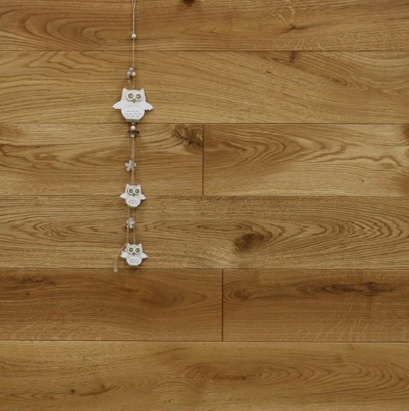 Massivholzdielen Eiche, mit Rubio Monocoat R101 geölt, Systemlängen, Kanten gefast, Nut / Feder Verbindung, Sonderanfertigung nach Kundenwunsch