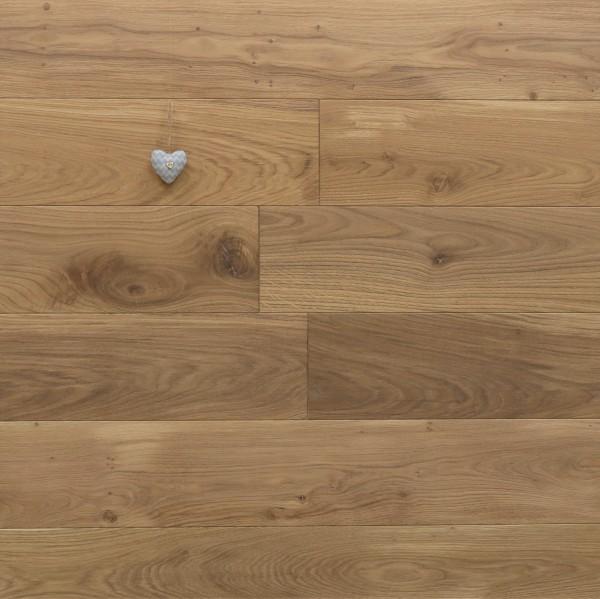Massivholzdielen Eiche, mit Rubio Monocoat R331a leicht weiß geölt, Systemlängen, Kanten gefast, Nut / Feder Verbindung, Sonderanfertigung nach Kundenwunsch