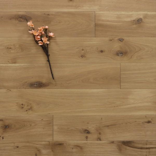 Massivholzdielen Eiche, 15 x 150 mm, Systemlängen von 400 bis 1800 mm, mit einem Naturöl leicht weiß geölt, Kanten gefast, Nut / Feder Verbindung