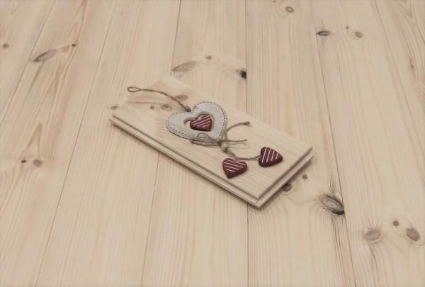 Massivholzdielen Kiefer, Markant, 21 x 137 mm, Längen von 3250 bis 5350 mm, optional in Fixlänge, Kanten gefast, Nut / Feder Verbindung